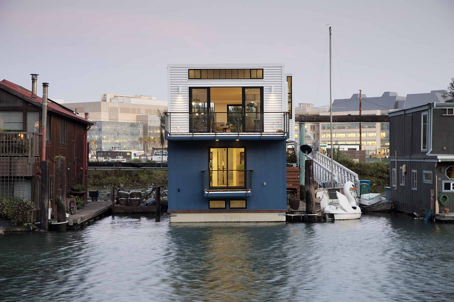 San Francisco floating home exterior