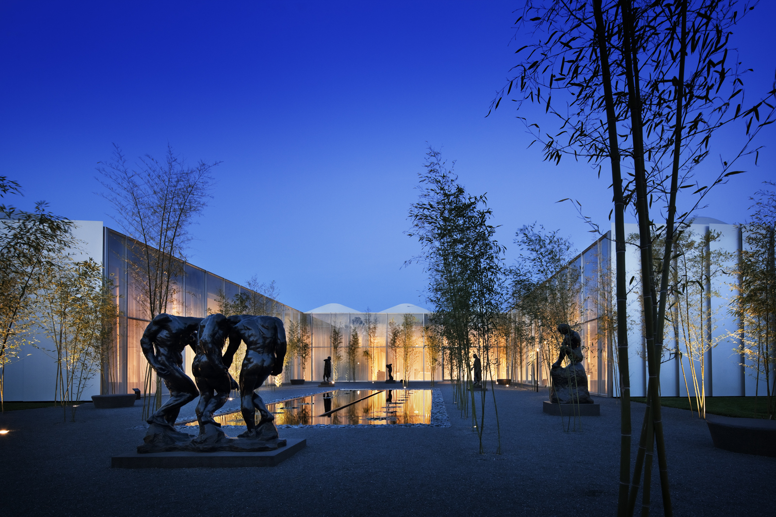 """The North Carolina Museum of Art in Raleigh, North Carolina. Designed by Thomas Phifer and Partners. Winner of the 2011 Institute Honor Award for Architecture. Project description: """"The museum is, in essence, a single 65,000-square-foot room, separated by"""
