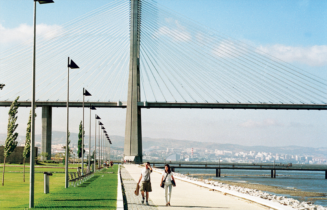 travel lisbon portugal vasco da gama bridge1