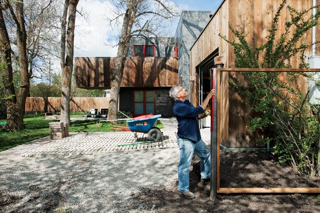 handmade whitlock residence backyard portrait