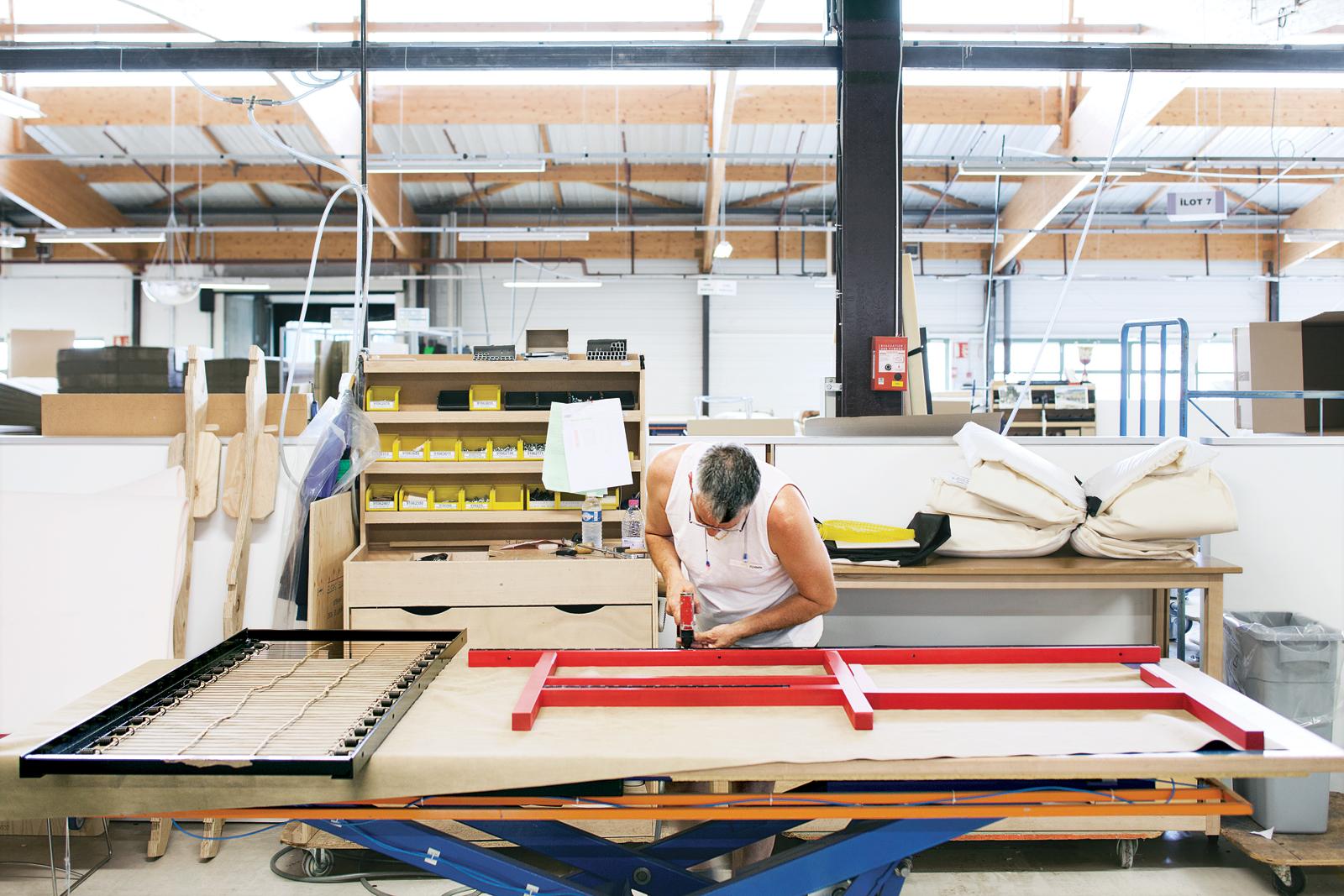 Ruché Sofa process Ligne Roset