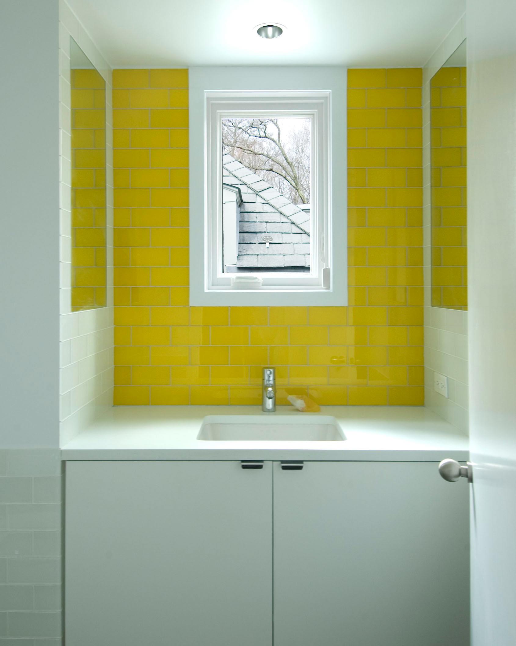 Greenwich Powder designed by Laura Kaehler Architects LLC