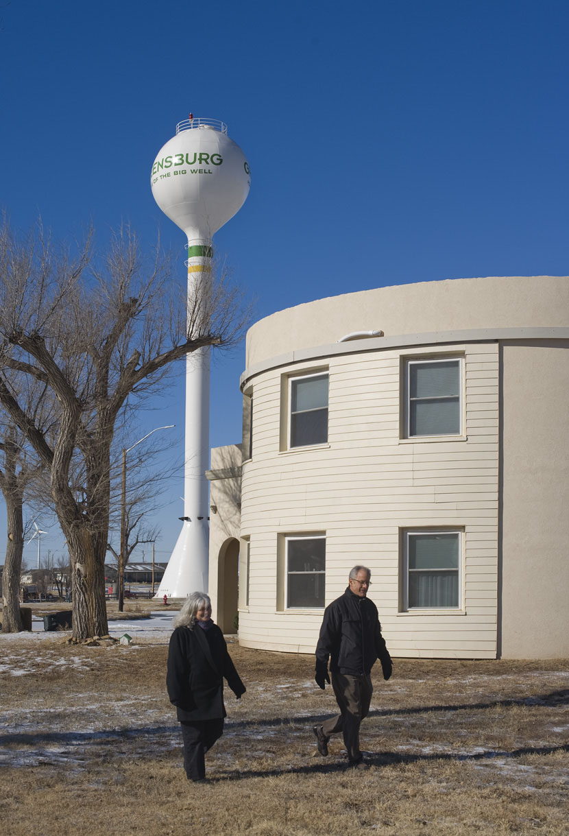 Wallach and Catherine Hart Silo by the Silo Eco-House in Greensburg, Kansas