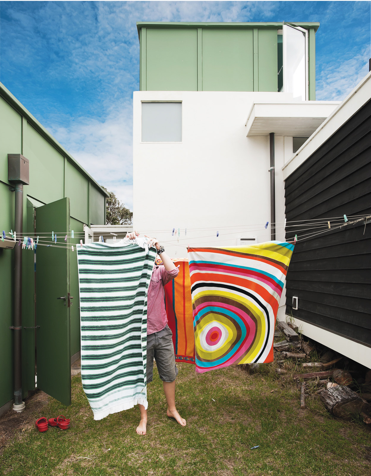 Outdoor washing line