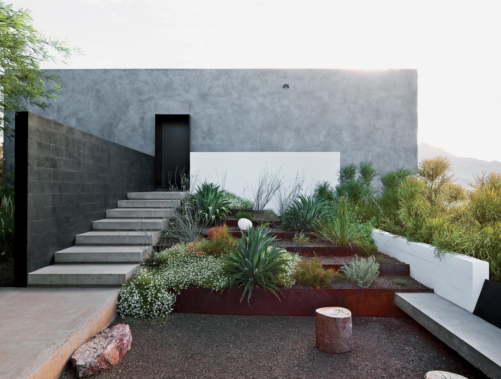 Dialogue house garden.