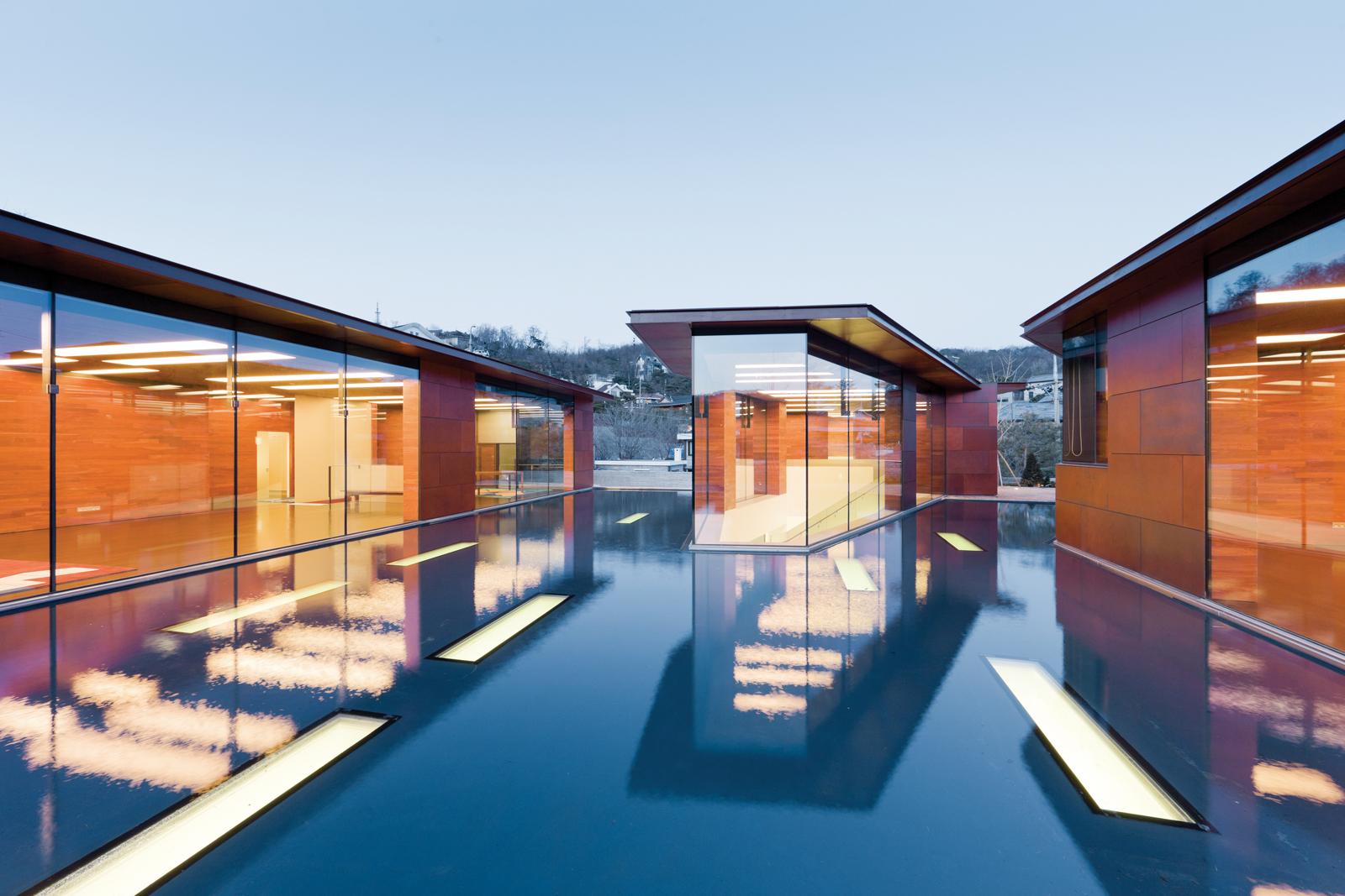 Pool gallery Seoul