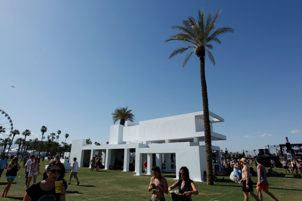 coachella modern structure day