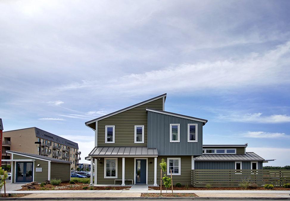 UC Davis and Honda Smart Home facade