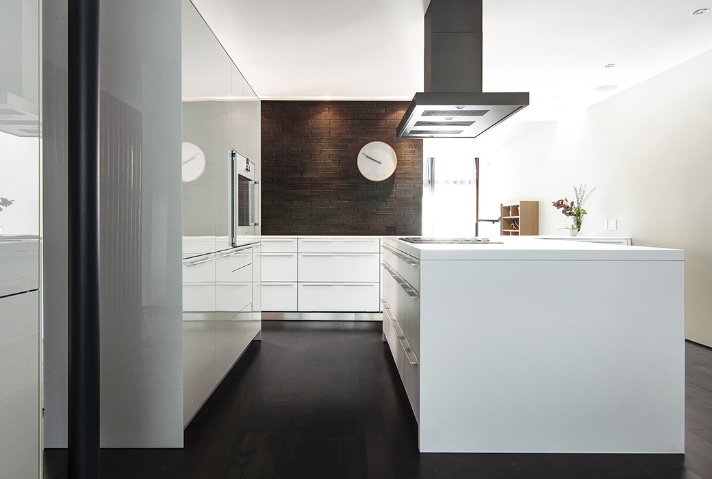 Modern Toronto kitchen with Bulthaup cabinets