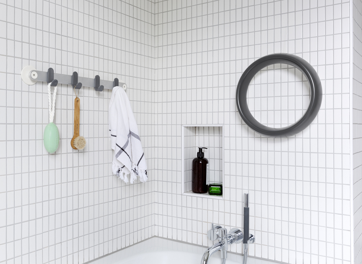 Sabi Space towel bar and grab ring, two universal design accessories for the bathroom by MAP Barber Osgerby