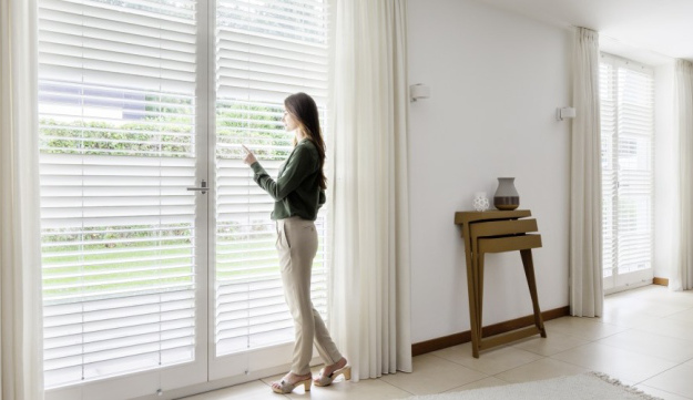The Turnalux wood-slat blind system by Eric Fonville for Wood and Washi