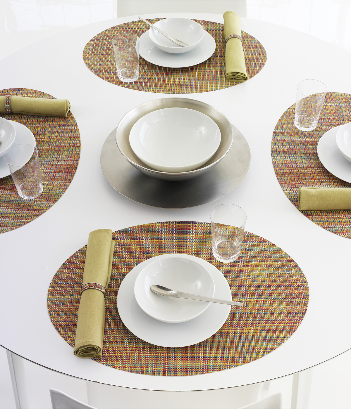 Oval placemat with basketweave technqiue
