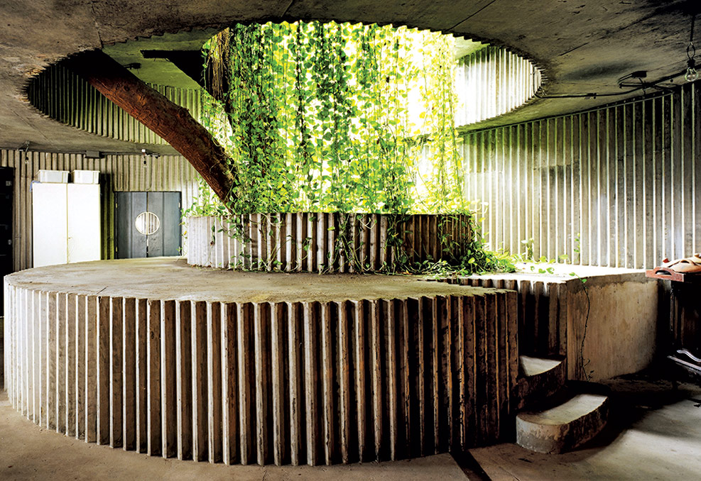 The Coaty Restaurant by Lina Bo Bardi which uses lightweight, prefabricated ferro-cement panels developed by João Filgueiras Lima.