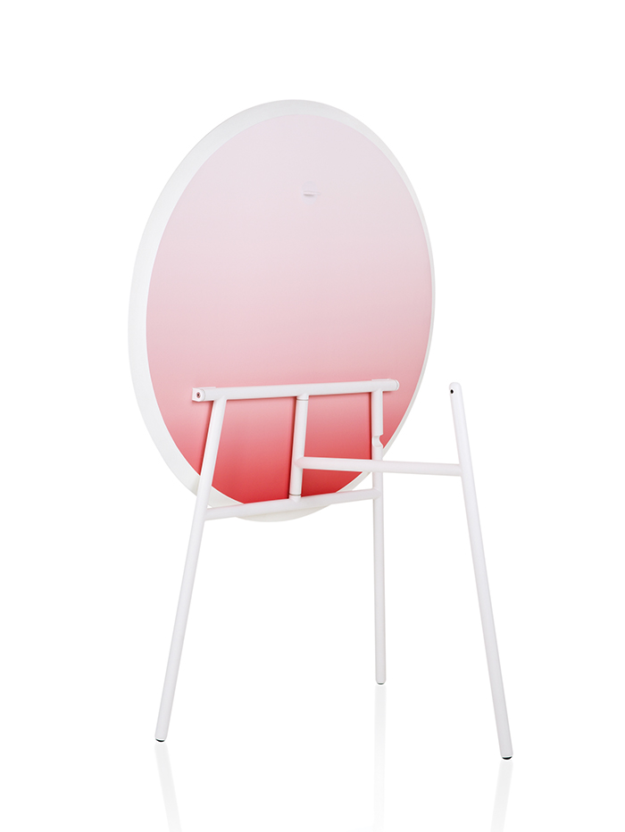 Stefan Scholten and Carole Baijings designed tilt top table for hay