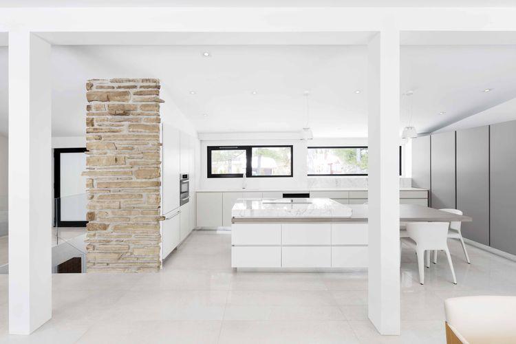 All-white kitchen renovation