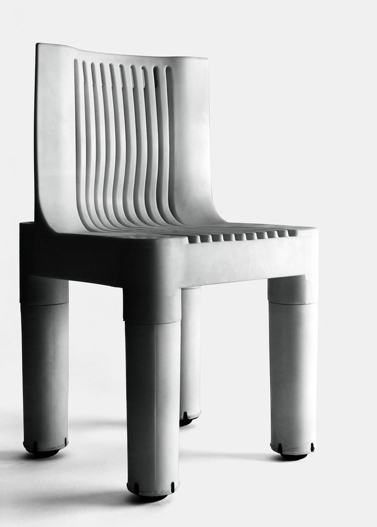 K 1340 children's chair by Kartell