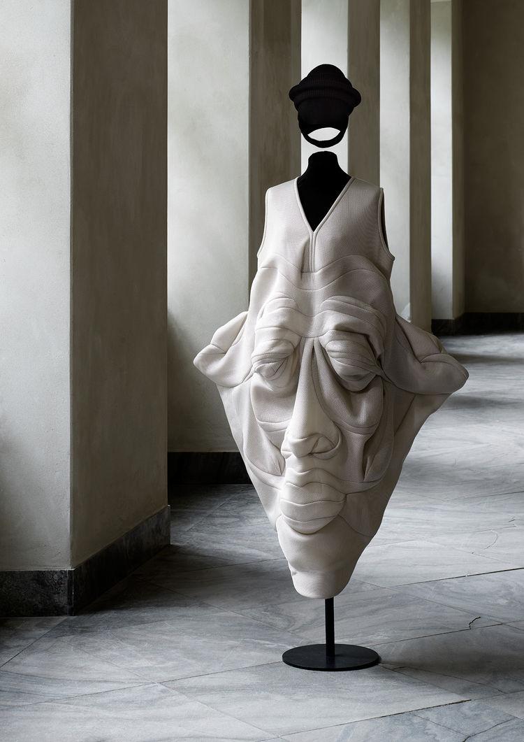 Face dress by Henrik Vibskov
