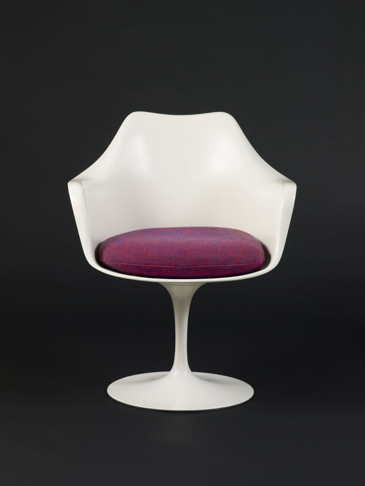 Eero Saarinen Tulip armchair for Knoll, 1956, 1957.