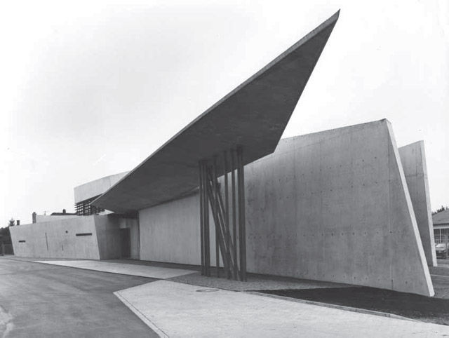 Vitra Fire Station, Weil am Rhein, Germany, 1993