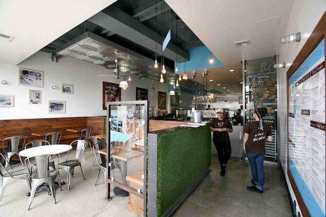 """<b><a href=""""http://mendocinofarms.com/"""" target=""""_blank"""">MENDOCINO FARMS</a></b> Cafe/bar designed by <a href=""""http://www.poondesign.com/"""" target=""""_blank"""">Poon Design Inc.</a> <br /><br />  Fresh, clean lines and rustic details echo throughout this Marina"""