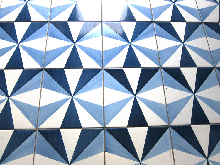 Almost all the patterns feature the same shades of blue and white, thought by the architect to produce a calming effect.
