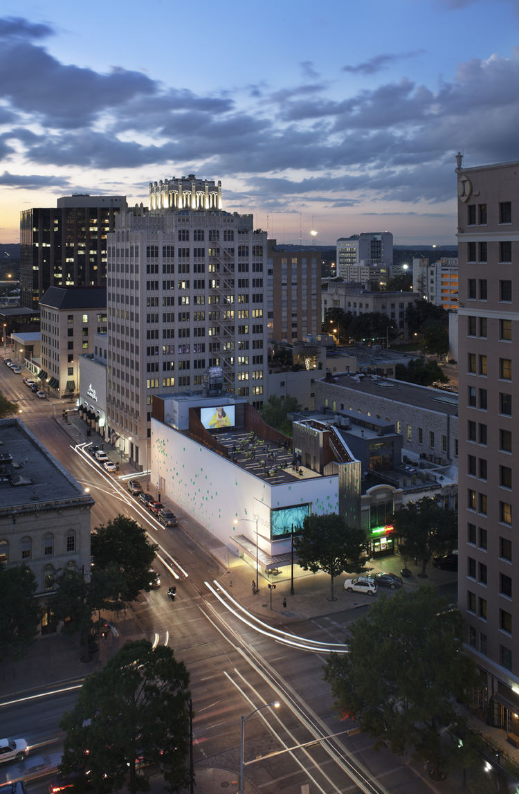 An aerial view of the new 20,830 square foot building at 700 Congress Avenue in downtown Austin.