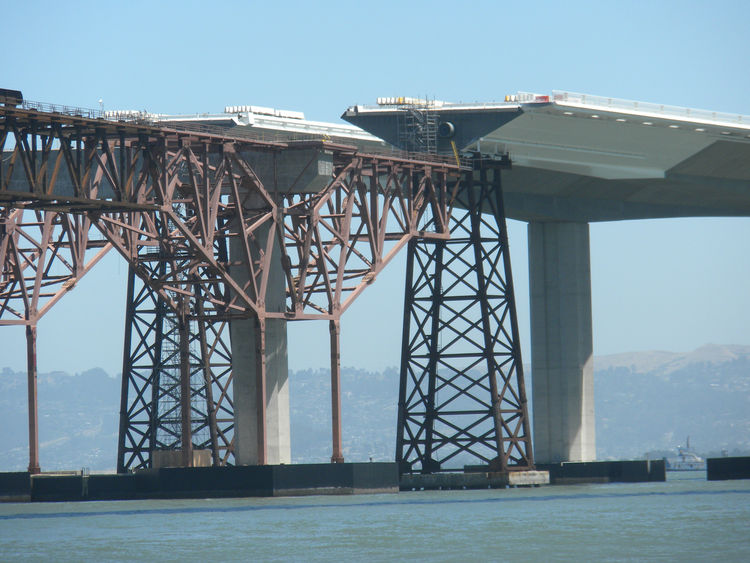 "Because of the costs, duration, and occasional disruptions to traffic of building the new bridge--as well as public interest in the project--the bridge authorities created <a href=""http://baybridgeinfo.org/"">baybridgeinfo.org</a> and <a href=""http://baybr"
