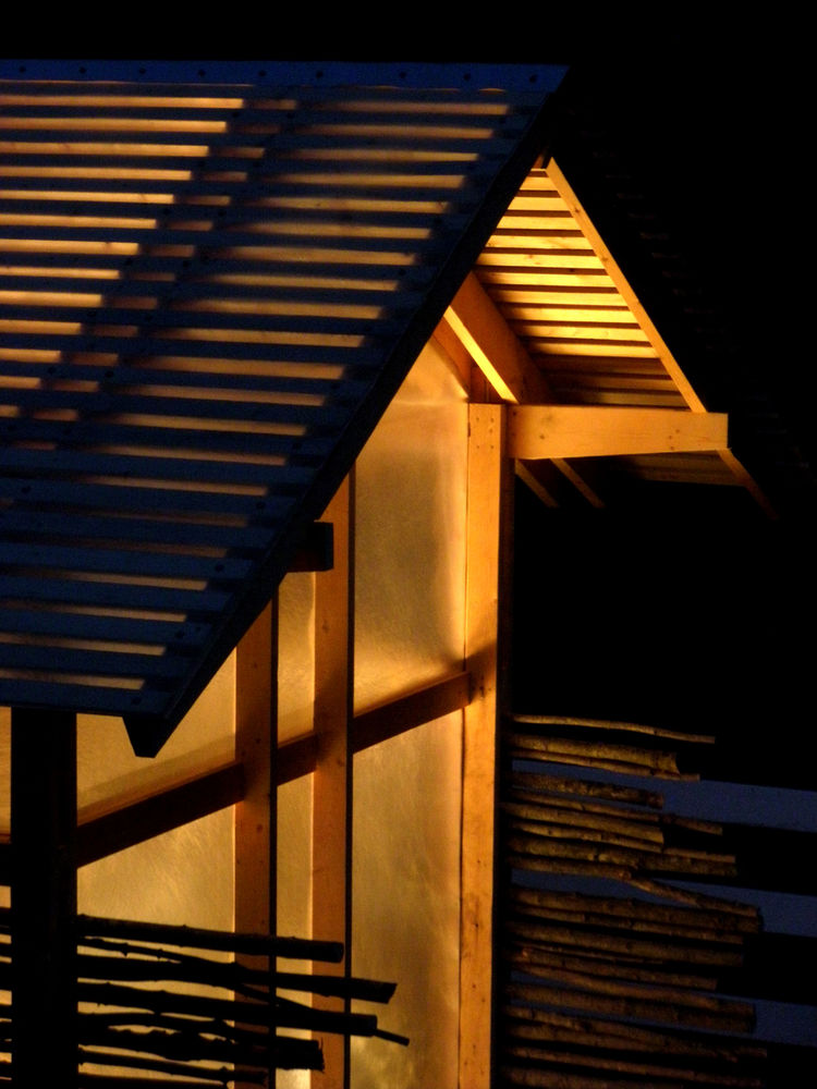 The entire structure takes on the look of a Japanese lantern in the evening. The team added lights so you could go in and be able to see where you are at night and also so that come late fall and winter, Moskow can turn them on after the sun sets to maint