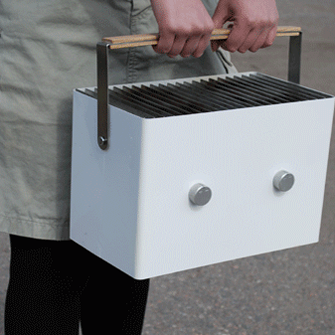 Aalto also designed the picnic grill in a double-wide size.