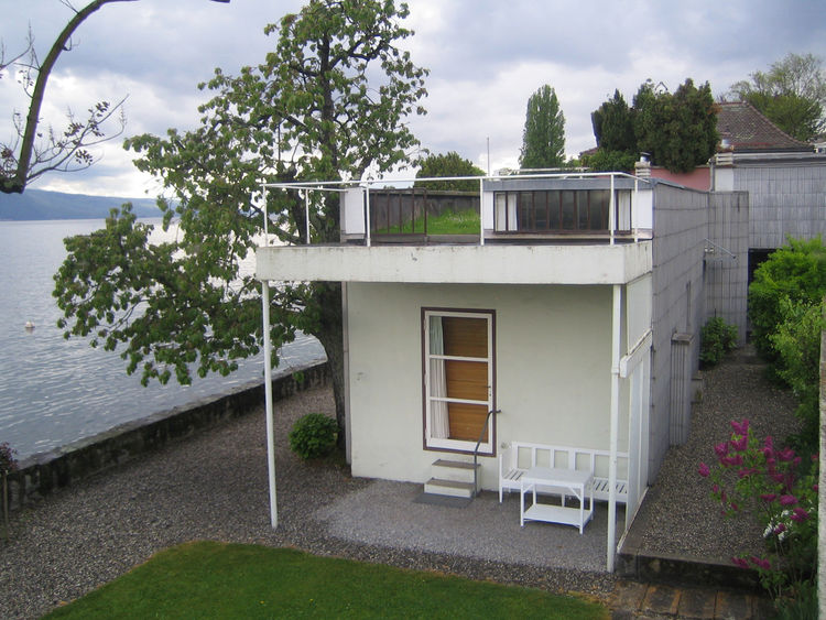 Le Corbusier's 1923 Villa Le Lac