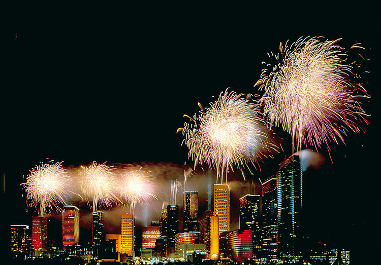Fireworks over Houston. Image courtesy of the Greater Houston Convention and Visitors Bureau.