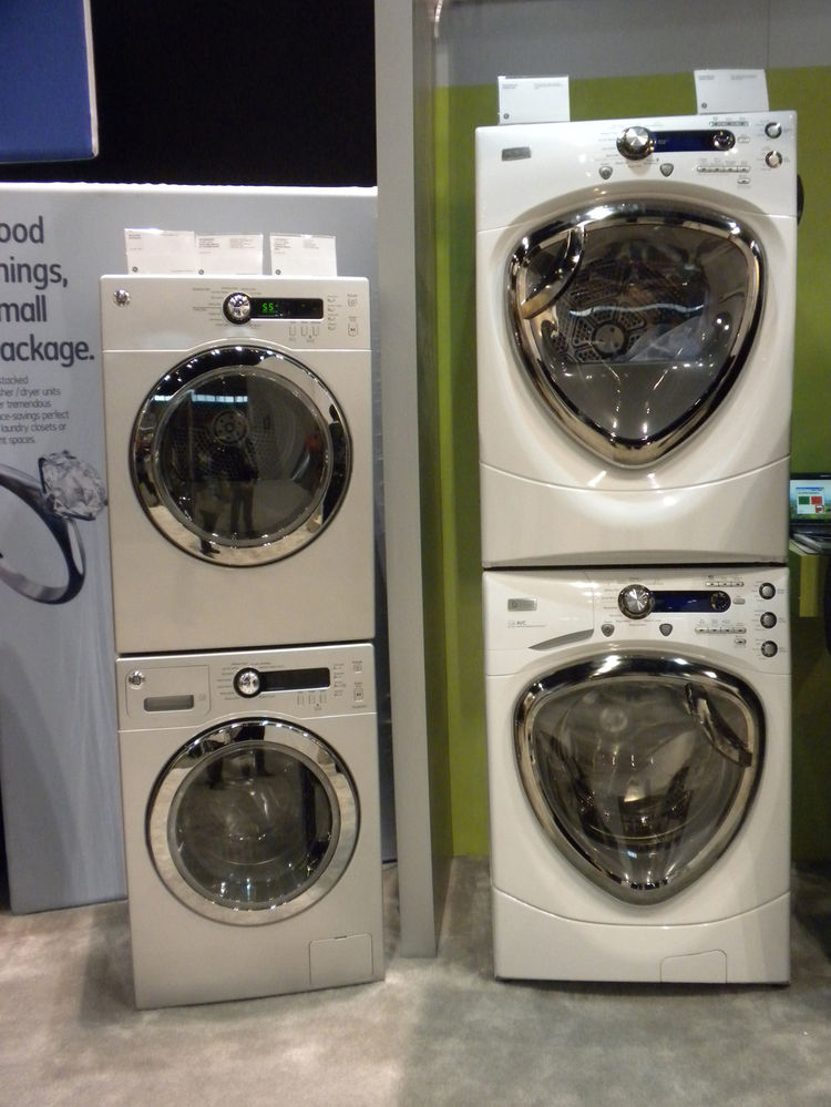 "<a href=""http://www.geappliances.com/"">GE</a> displayed a new washer and dryer designed to respond to grid demand and peak hours. The appliances will ask you if you can wait until non-peak hours to do your laundry in efforts to reduce demand on the grid a"