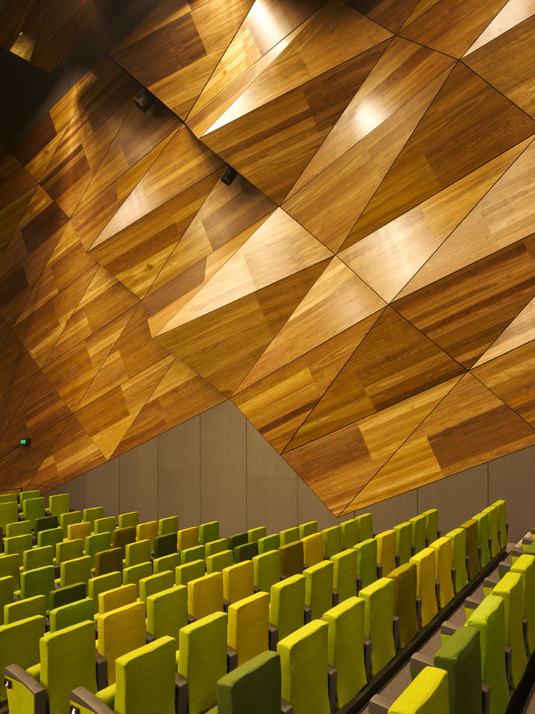 """The """"pineapple wall,"""" so-called for its resemblance to the exterior of the fruit, on the interior of Plenary Hall (the main auditorium) mimics what's on the outside, and suggests a kind of building-within-a-building scheme for the Convention Center. Due t"""