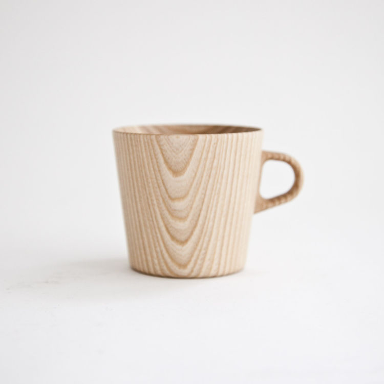 "<b><a href=""http://store.mjolk.ca/index.php?product=OJI-1&shop=1&search=Oji%20Masanori%20Kami%20Mug"">6. Kami mug by Oji Masanori.</a></b> ""The Kami cups are designed by Oji Masanori and made by an artisan named Hidetoshi Takahashi. We met him on a recent"