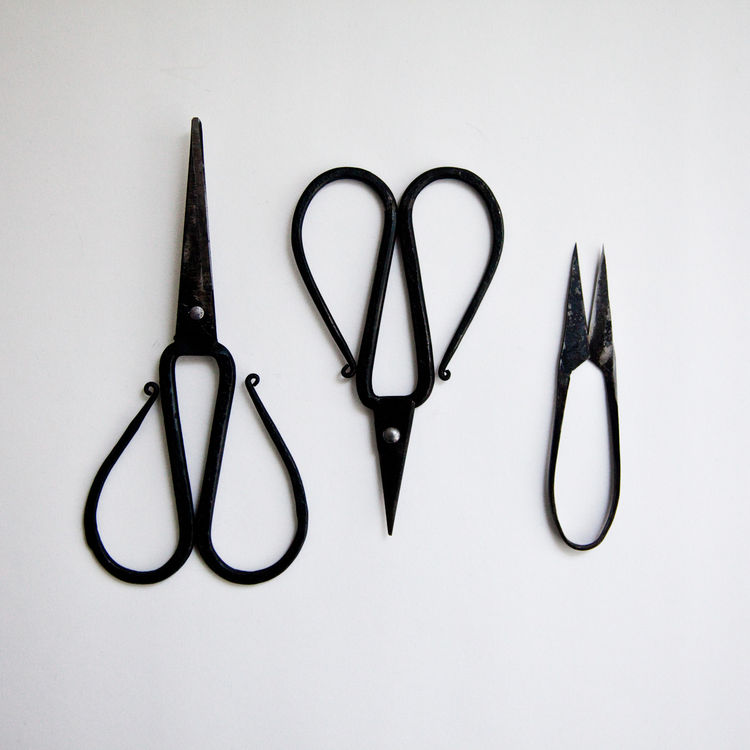 "<b><a href=""http://store.mjolk.ca/index.php?product=Tajika+cast+iron+scissors&shop=1&search=Tajika%20cast%20iron%20scissors"">11. Iron scissors by Tajika Haruo.</a></b> ""When I first contacted Tajika scissors, they weren't sure about exporting their scisso"