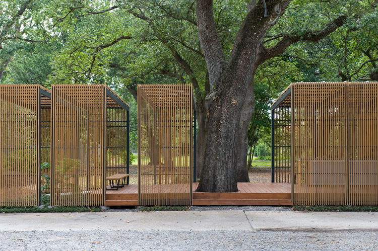 """""""You don't even want to be in New Orleans in August with the air-conditioning on,"""" McKay says. """"The openness and shade of the pavilion fit well with the surroundings, though, and when a breeze comes through, you're fine.""""Photo by <a href=""""http://doeringph"""