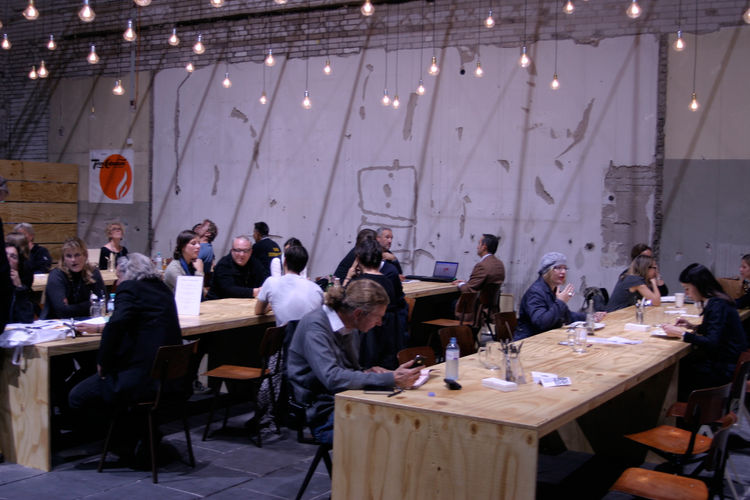 The Shack cooks up regional specialties. The plywood tables were built in Berlin.