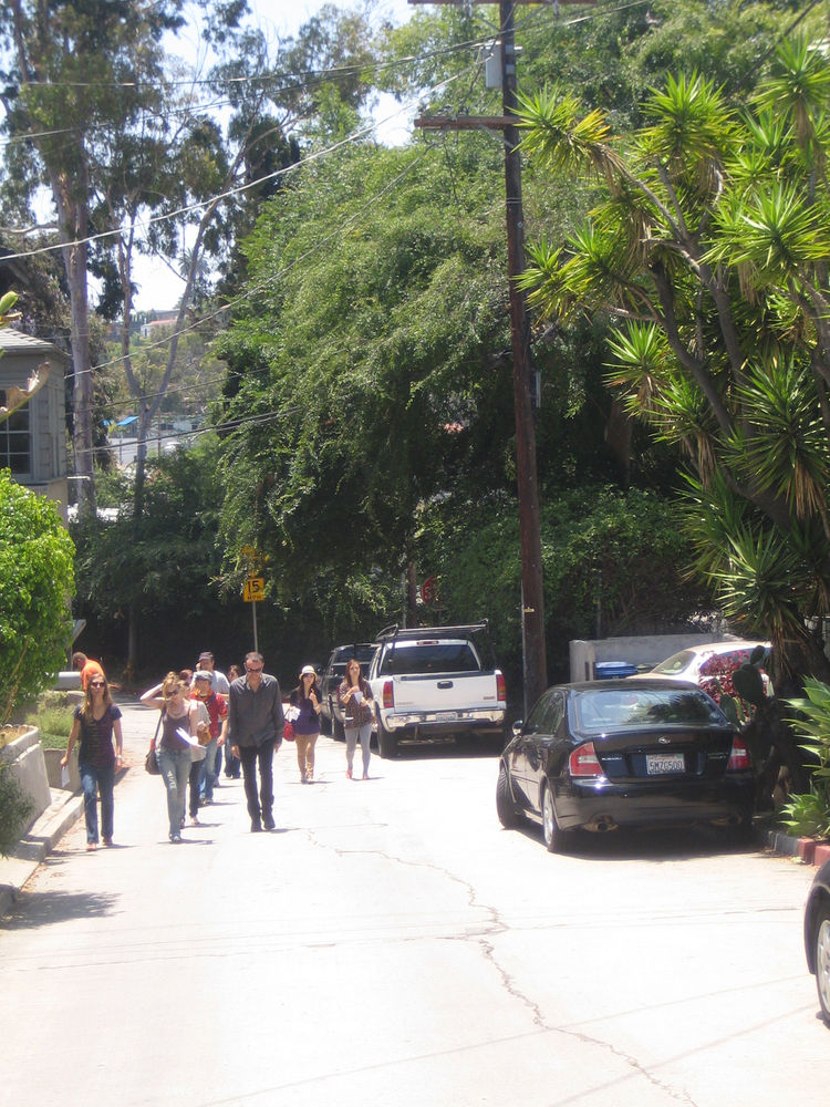 The first three stops on the tour in Silver Lake were all within walking distance of one another. Here's a portion of the tour headed up to the offices of P-A-T-T-E-R-N-S on N. Occidental Blvd.
