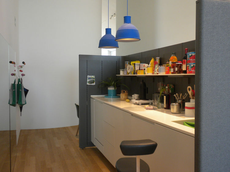 This vignette shows the Communal Cell, a prototype by Ronan and Erwan Bouroullec designed in 2010 as an office kitchen space.