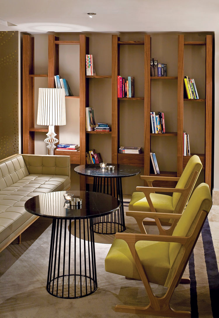 A series of lucrative interior jobs from a pair of hotels (Witt Istanbul Suites and  the Marmara Sisli) keeps pace with further explorations in furniture design, like the King lamp.
