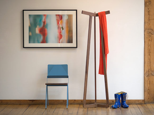 Stretch coatrack from misewell