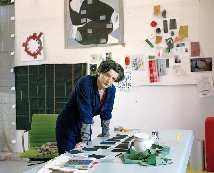 <p><h2>Hella Jongerius Timeline</h2></p><h2><p>1993</h2></p><p>Graduates from Design Academy Eindhoven.</p>