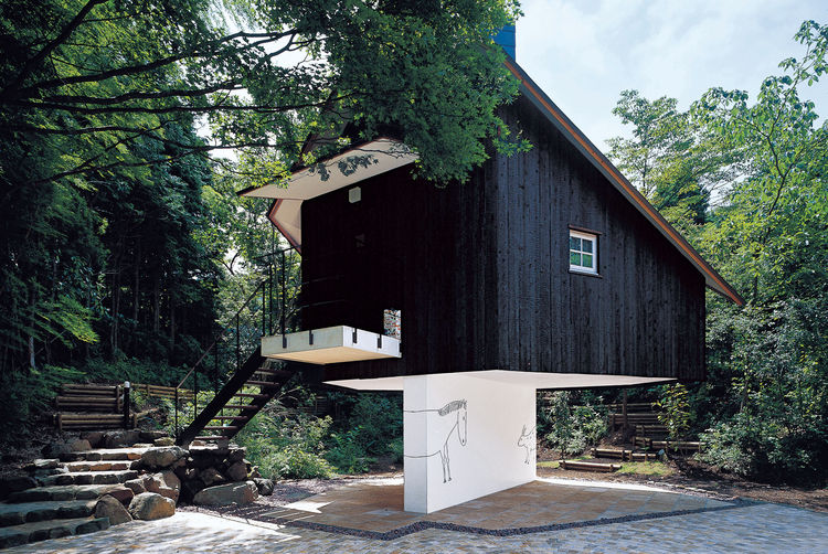Fujimori has an affinity for building structures that appear to be perched precariously: His charred cedar-clad Guest House seems to balance on a sliver of a wall.