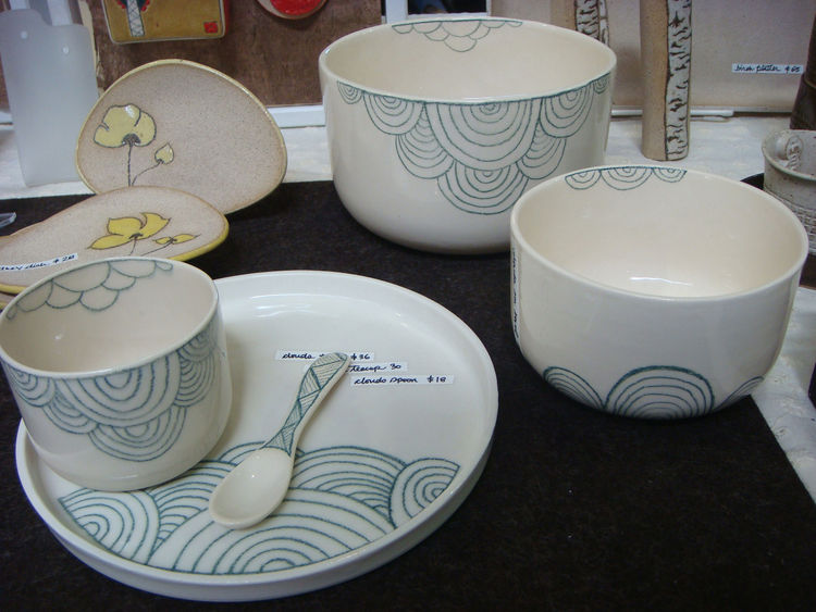 "I loved the patterns on these simple bowls by Vancouver-based <a href=""http://eikcam.com/"">Grace Lee</a>."