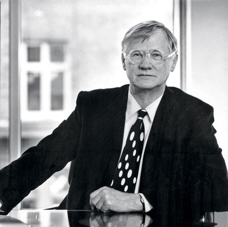 Sir Nicholas Grimshaw. Portrait by Ben Johnson.