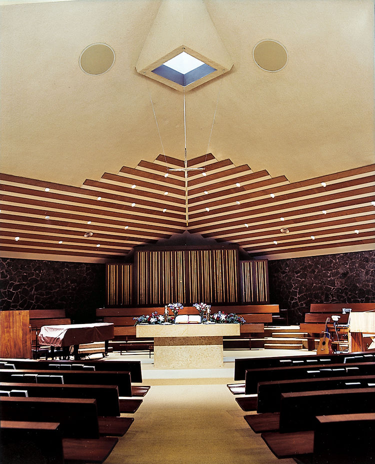 Widely considered Ossipoff's best religious building, the intimate Thurston Memorial Chapel at the Puna-hou School has native koa wood pews and is built partially over a pond.