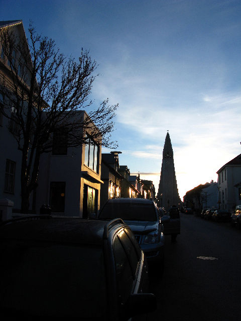"A view of <a href=""http://hallgrimskirkja.is/"">Hallgrímskirkja</a>from the street."