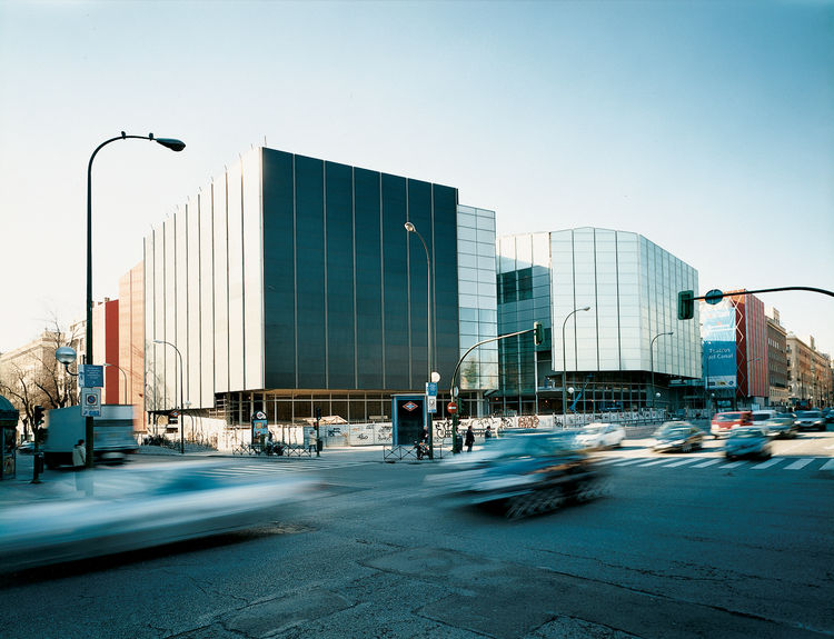 Teatros del Canal, by Francisco Javier Sáenz de Oiza, is Madrid's latest world-class music conservatory.