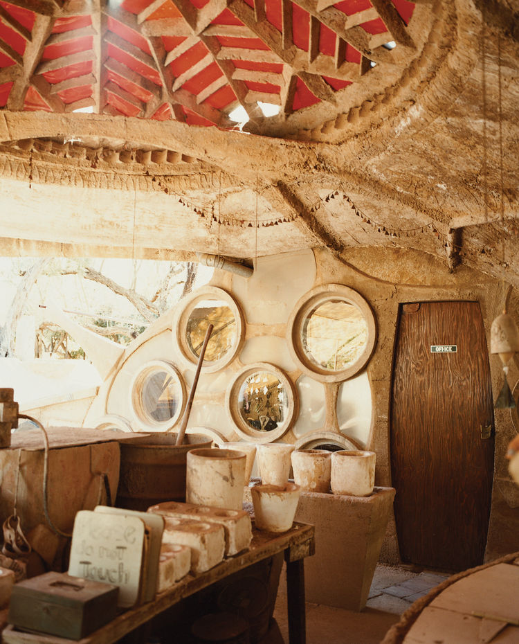 The Cosanti Foundation, a non-profit educational organization established by Paolo Solari in 1965 to research urban development, is open to the public. The ceramic studio seen here is adjacent to Solari's original drafting room.