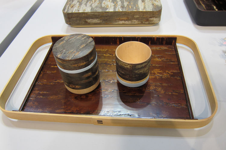 "Japanese designers Momoko Naito and Atsushi Fujii of <a href=""http://www.monochro.jp/"">Monochro</a> introduced their cherry-bark Hanagasumi tableware collection."